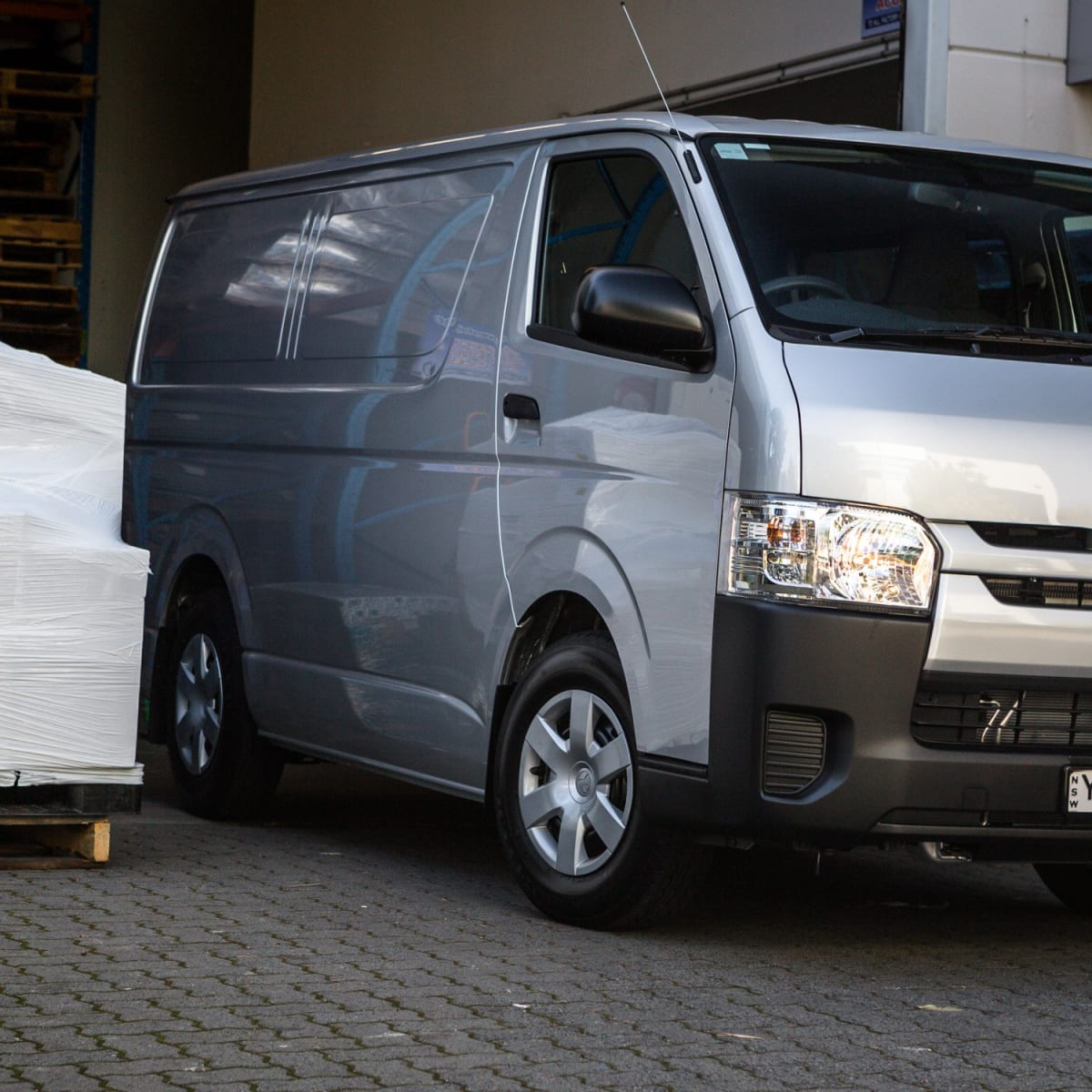 2016 Toyota HiAce LWB Review | CarAdvice