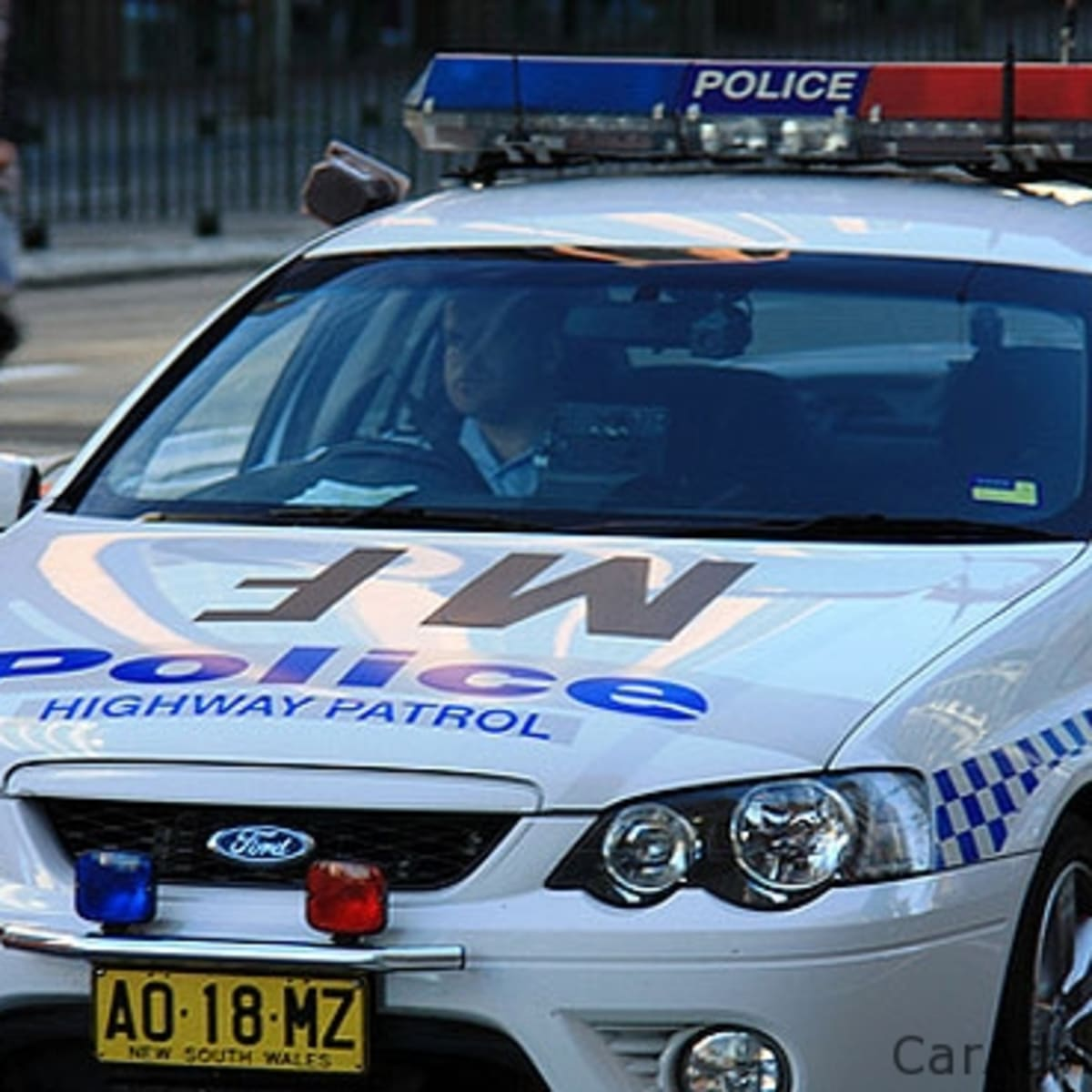 NSW Police encourages driving with your doors locked | CarAdvice