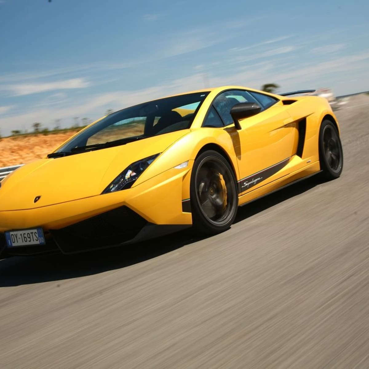 Lamborghini Gallardo LP 570,4 Superleggera Review