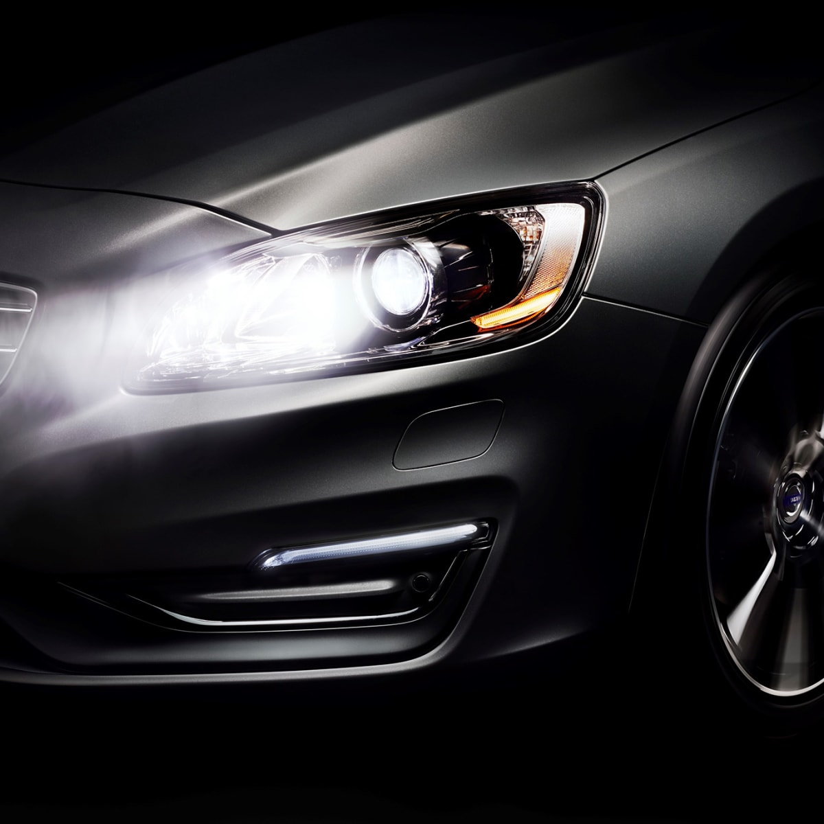 Headlight assistance technology explained: Adaptive headlights