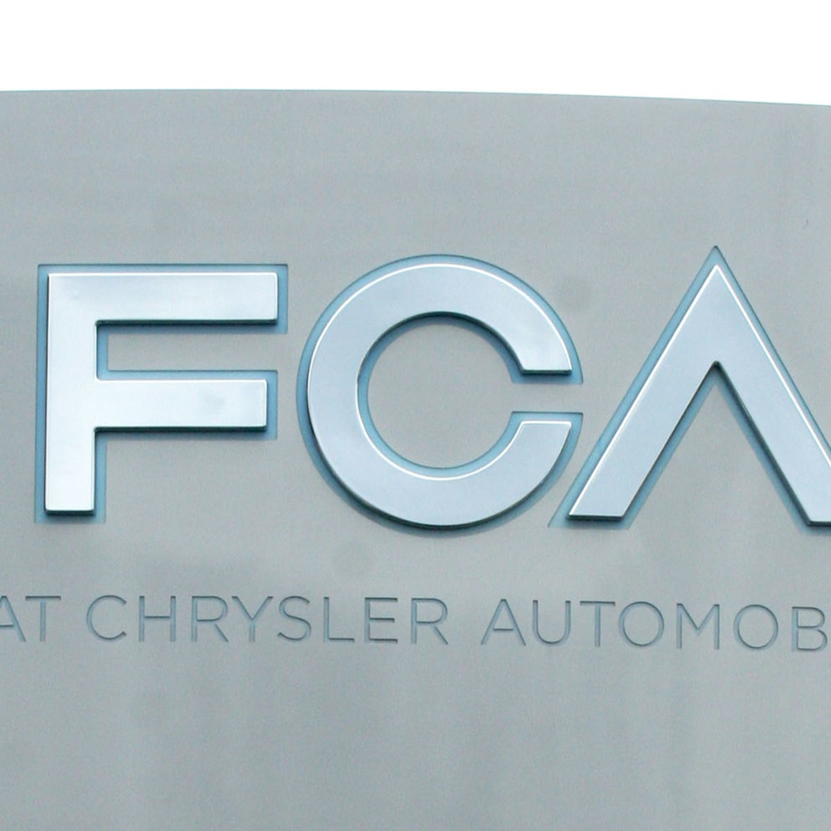Fiat Chrysler sued over diesel emissions cheating, Mercedes