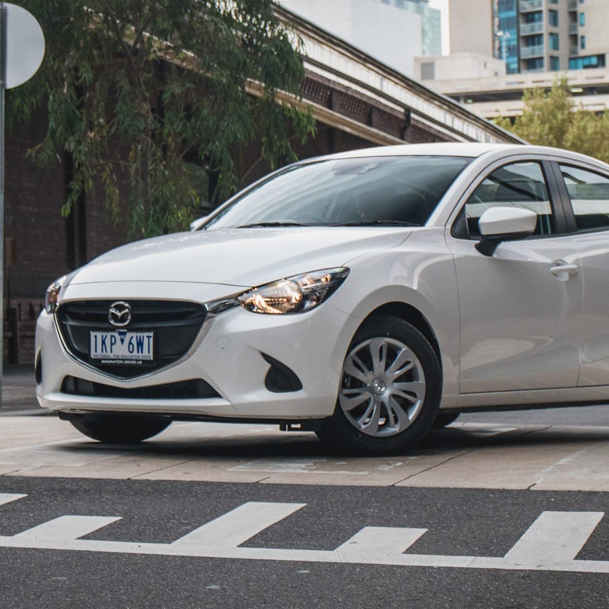 2018 mazda 2 neo sedan review