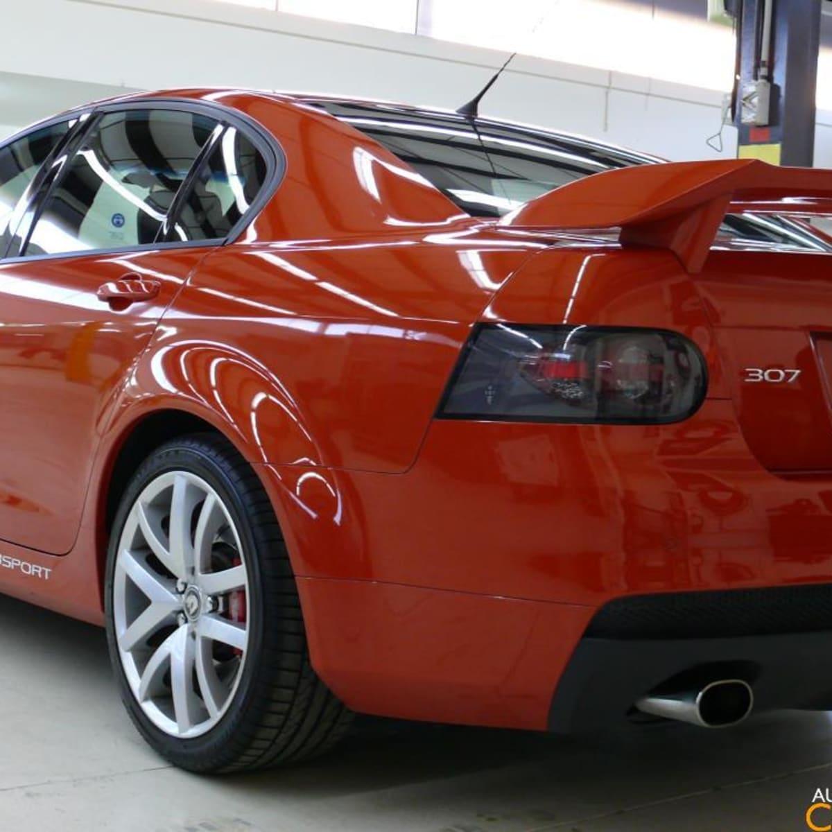 2007 VE HSV ClubSport R8 with Walkinshaw TOMCAT exhaust