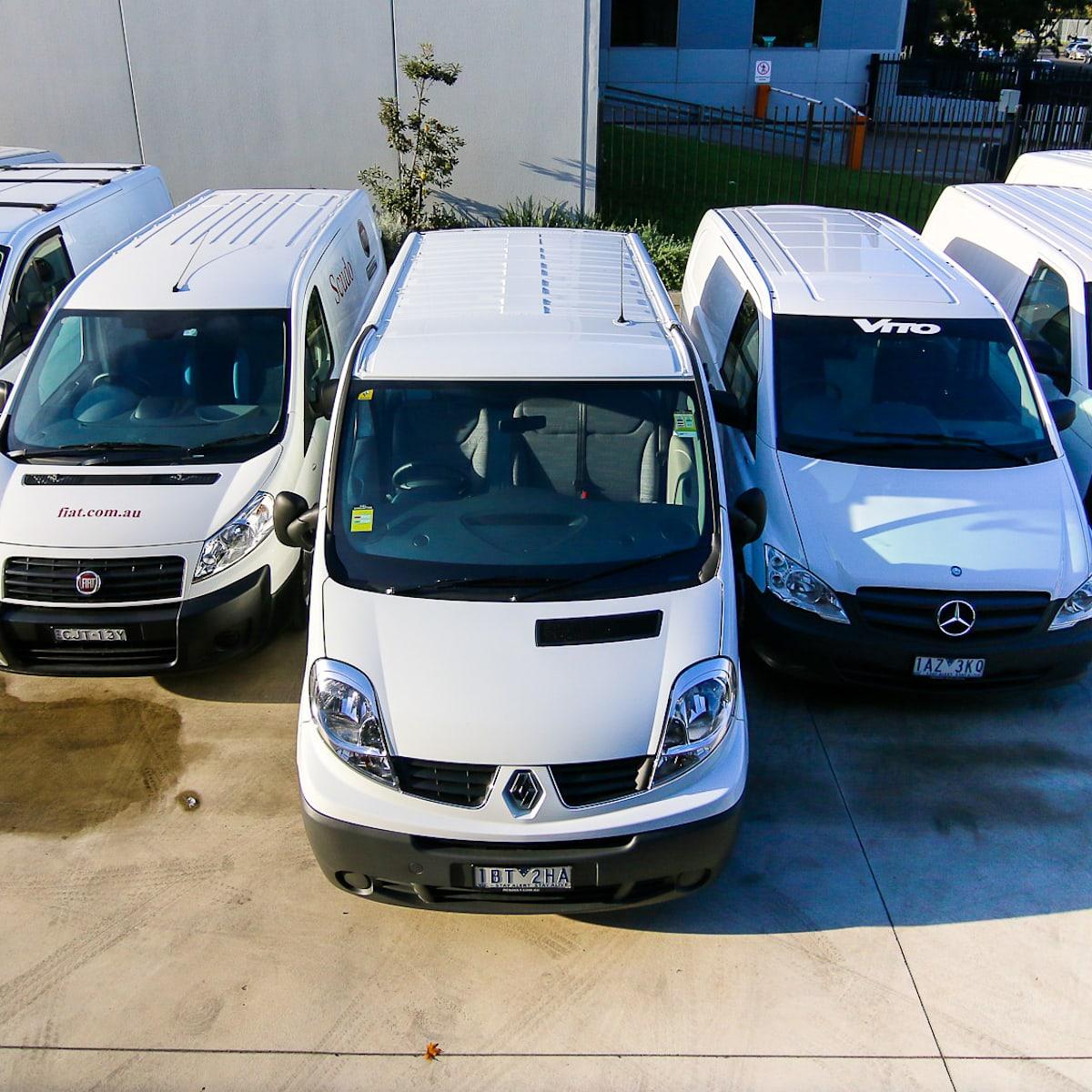 Van comparison : Toyota HiAce v Hyundai iLoad v Ford Transit