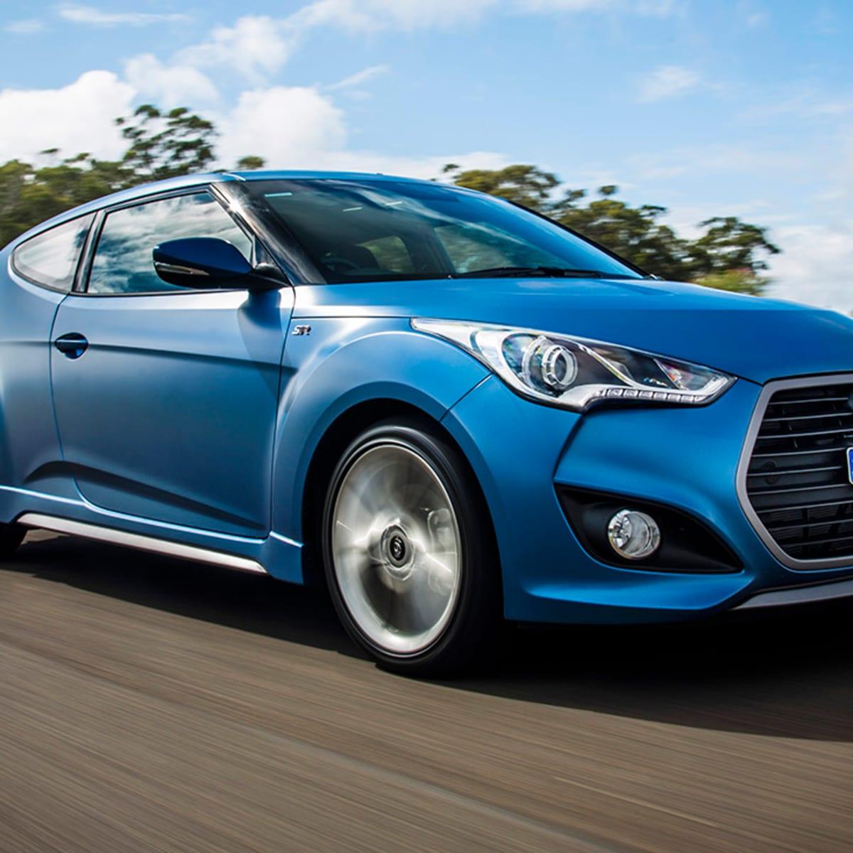 2016 Hyundai Veloster update: higher entry price, Apple CarPlay