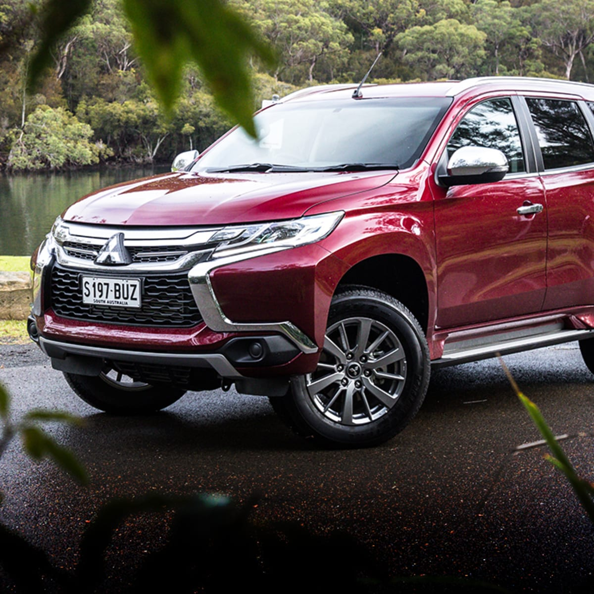 2018 Mitsubishi Montero Sport: Design, Specs >> 2018 Mitsubishi Pajero Sport Glx Review Caradvice