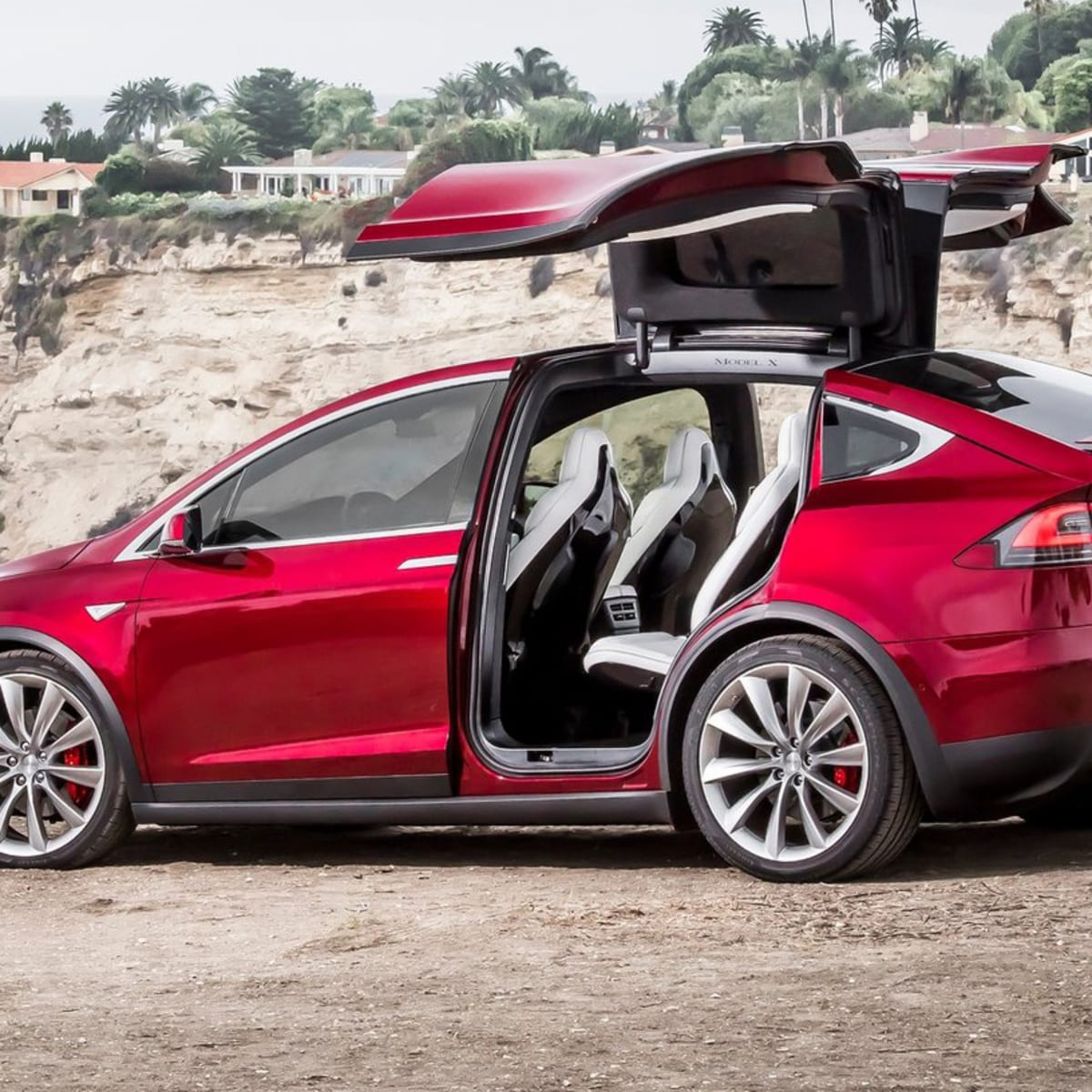 Tesla Model X Falcon Wing Doors Use Ultrasonic Sensors To Operate In Tight Spaces Caradvice