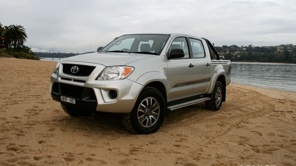 Kelebihan Toyota Hilux 2008 Top Model Tahun Ini