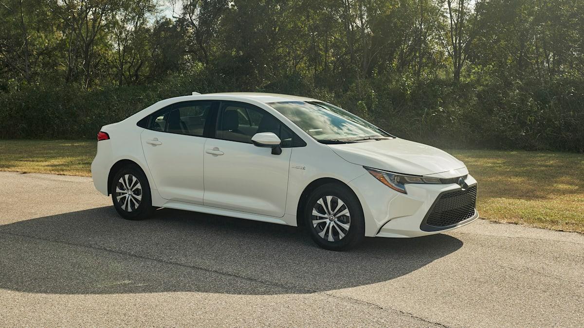 Kelebihan Kekurangan Corolla Sedan Review