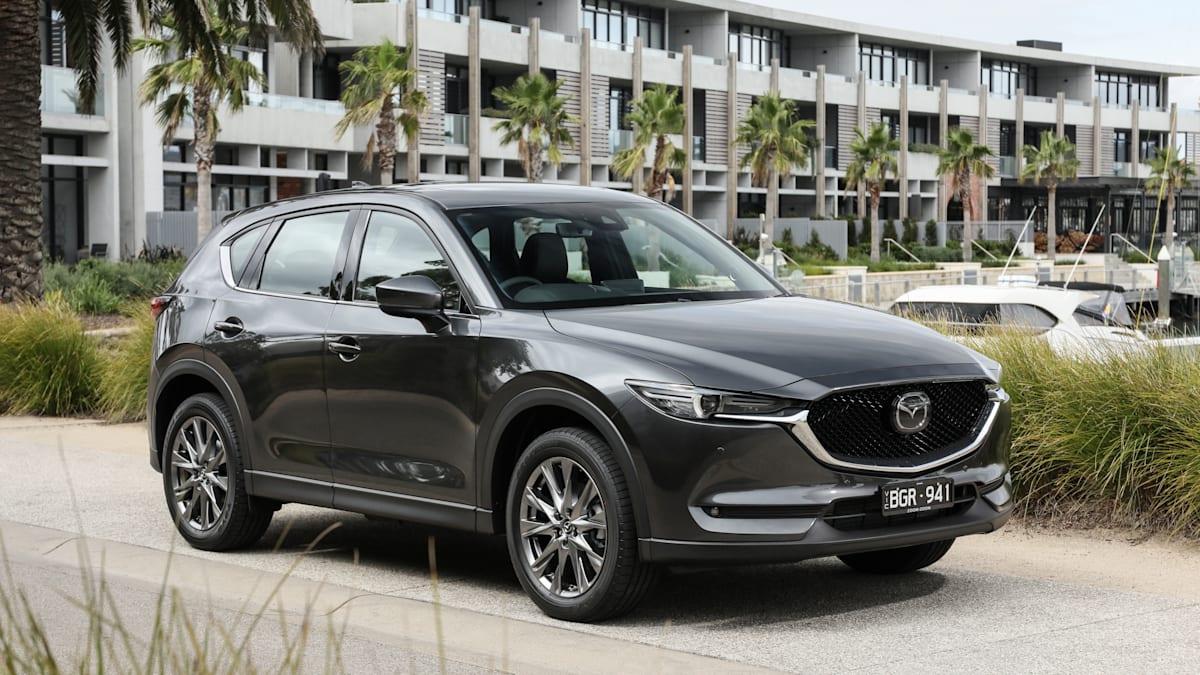 Kelebihan Kekurangan Mazda C5 Spesifikasi