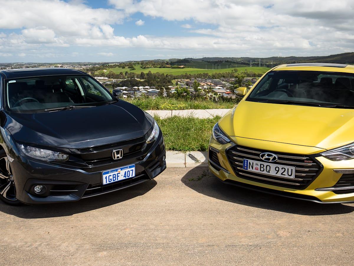 Honda Civic RS v Hyundai Elantra SR Turbo comparison | CarAdvice