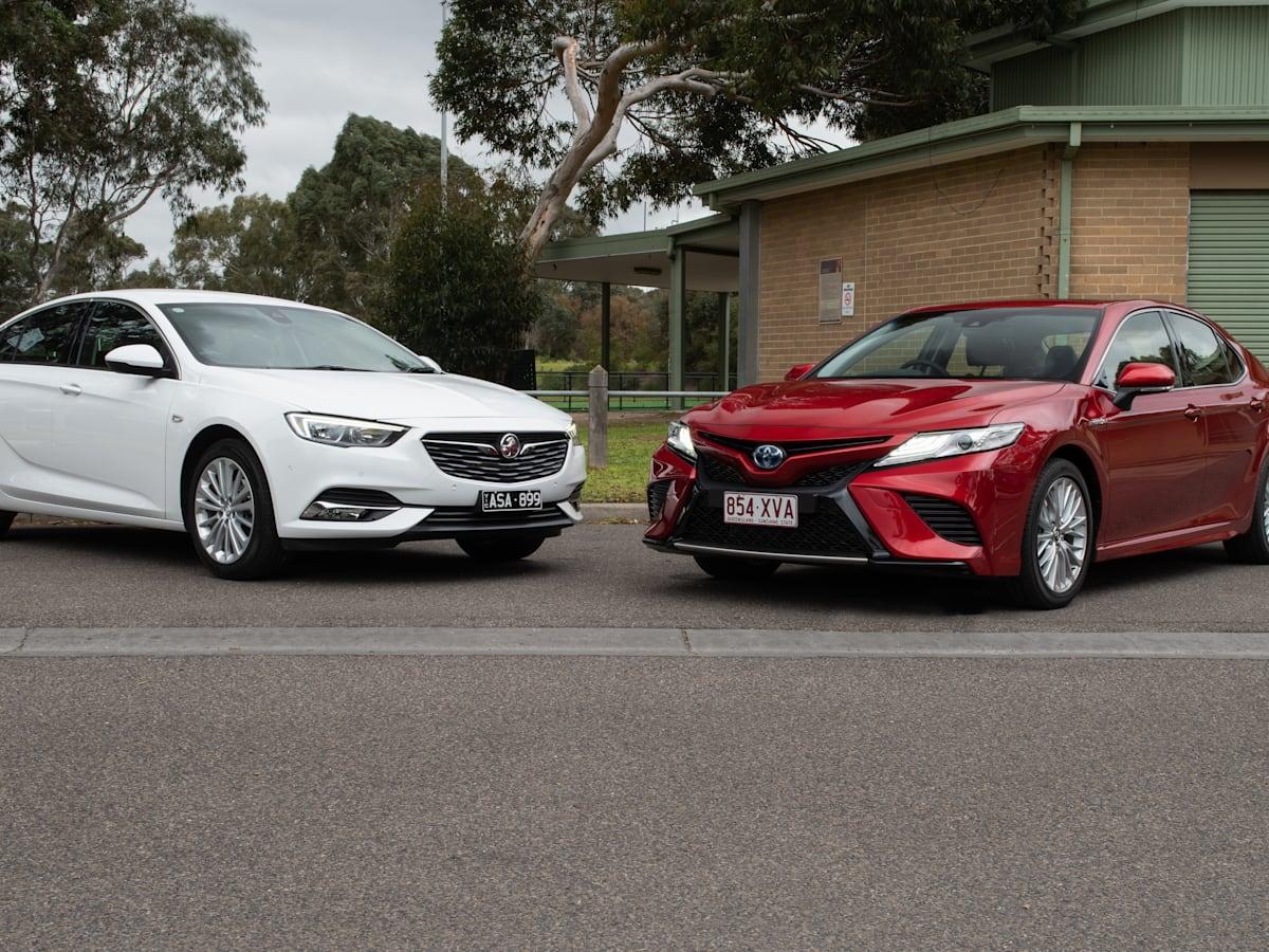 2018 Holden Calais 2 0T v Toyota Camry SL Hybrid comparison