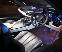 2015 BMW i8 Speed Date