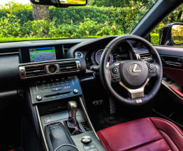 2015 Lexus IS300h F Sport Review