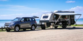 Holden Colorado 7 Review : Caravan road trip