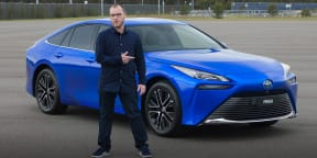 Video: 2021 Toyota Mirai FCEV review