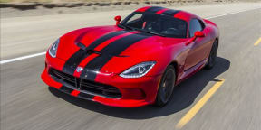 SRT Viper GTS in Death Valley : Teaser