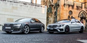 Mercedes-Benz S63 AMG vs Audi S8: Drag Race