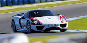 Porsche 918 Spyder Review : Track Test