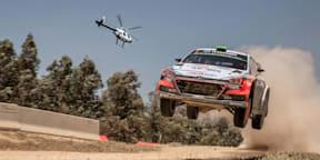 Helicopter versus Rally car: MD 520N v Hyundai i20 WRC