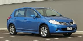 Nissan Tiida Video Review