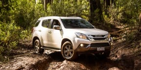 2016 Isuzu MU-X Review
