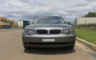 2004 BMW 735i review