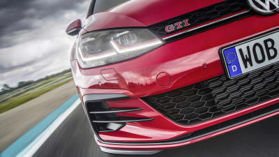 Gti Performance Package >> Volkswagen Golf Gti Performance Trim Becomes Standard For