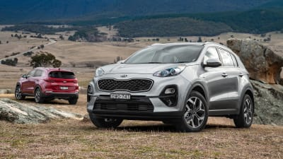 2019 Kia Sportage: Upgraded Design And New Hybrid System >> 2019 Kia Sportage Pricing And Specs Caradvice