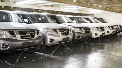 2018 Nissan Patrol: News, Upgrades, Specs, Price >> 2018 Nissan Patrol Arrives In Australia With New Rear View Mirror