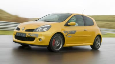 2009 Renault Clio Sport F1 Team R27 at MIMS | CarAdvice