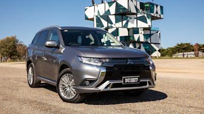 2019 Mitsubishi Outlander Sport: Details, Design, Price >> 2019 Mitsubishi Outlander Phev Pricing And Specs Caradvice