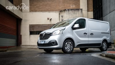fa28b6c0d8 2018 Renault Trafic SWB 103 review