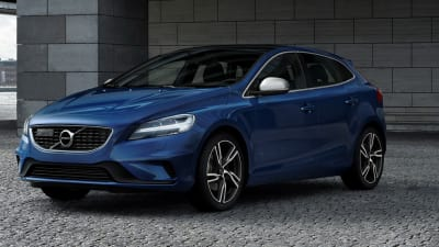 2017 Volvo V40 V40 Cross Country On Sale In Australia Updated Range From 36 500 Caradvice