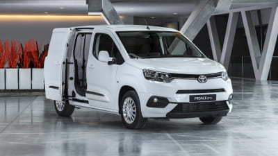 a085817be4 2019 Toyota ProAce City revealed for Europe