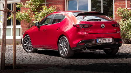 Mazda SkyActiv-X engine review | Small car technology
