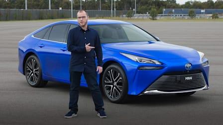 Video: 2021 Toyota Mirai FCEV review