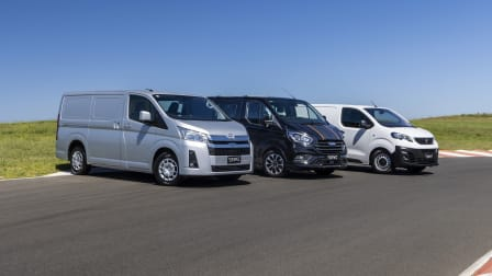 Video: Ford Transit Custom v Peugeot Expert v Toyota HiAce - Drive Car of the Year 2021 Best Van