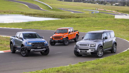 Video: Ford Raptor v Jeep Gladiator v Land Rover Defender - Drive Car of the Year 2021 Best Off Road Vehicle