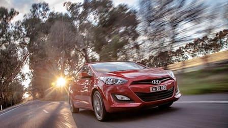 2013 Hyundai i30 SR Video Review