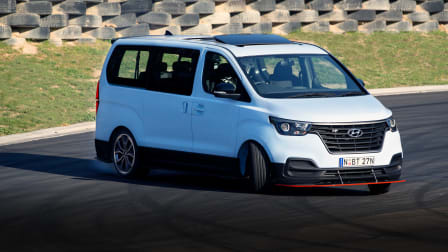 Track test: Hyundai iMax N 'Drift Bus'