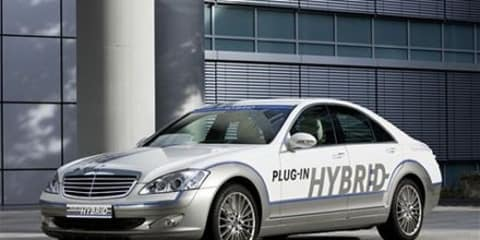 Mercedes-Benz S-Class to launch with plug-in hybrid option
