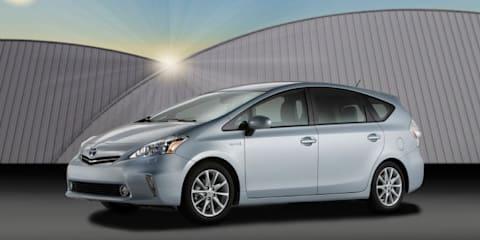 2012 Toyota Prius V minivan unveiled at Detroit Auto Show
