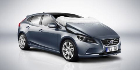Volvo V40 boasts world's first pedestrian airbag