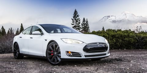 """Tesla CEO Elon Musk promises to """"end range anxiety"""" with Model S software update"""