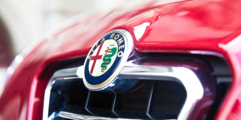 Alfa Romeo 6C to target Jaguar F-Type, but only in limited numbers - report