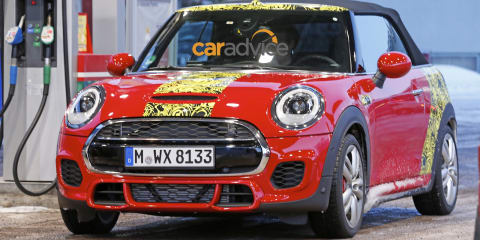 Mini John Cooper Works Cabrio : Red hot drop-top spied in the snow