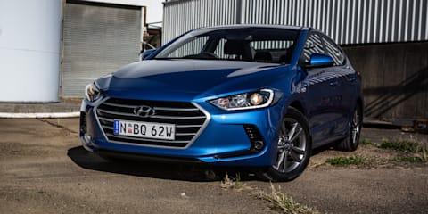 Hyundai Elantra Elite gains sunroof option, prices go up