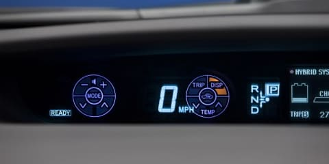 Toyota Prius dash keeps eyes on the road