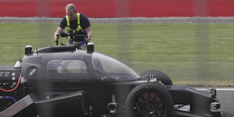 Roborace 'Devbot' revealed - video